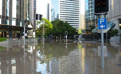 Overstroming stad Australie Brisbane Wateroverlast - Wikimedia Commons, 2020