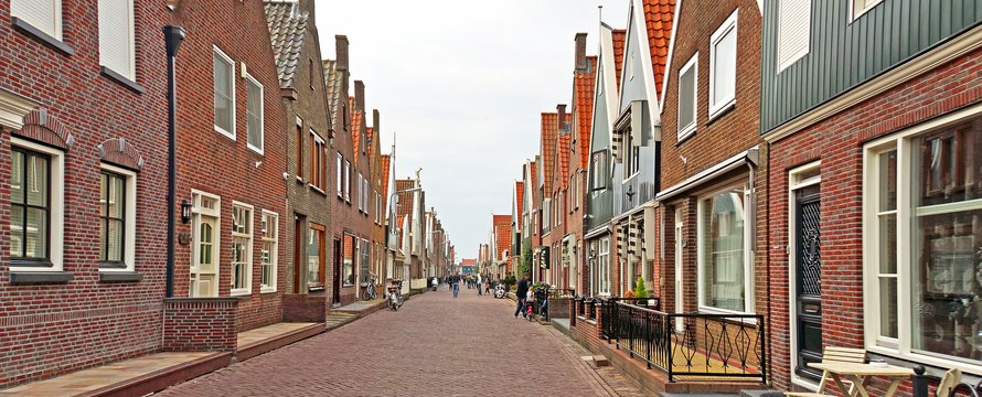 "Netherlands-4347 - Street View"" (CC BY-SA 2.0) by archer10 (Dennis) 198M Views"