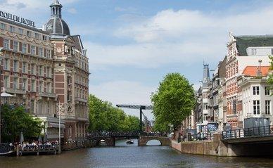 """amsterdam"" (CC BY 2.0) by niessbernard"