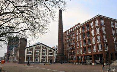 """INDUSTRIE EN WONEN_""""'Brouwerij De Drie Hoefijzers' Breda"""" (CC BY 2.0) by FaceMePLS"""