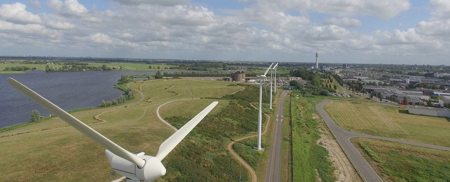 """""""Windmolens Waarderpolder"""" (CC BY 2.0) by hanno.lans"""