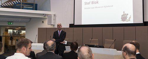 """Minister Stef Blok: """"Ontslakken is woord van het jaar"""" - Afbeelding 1"""