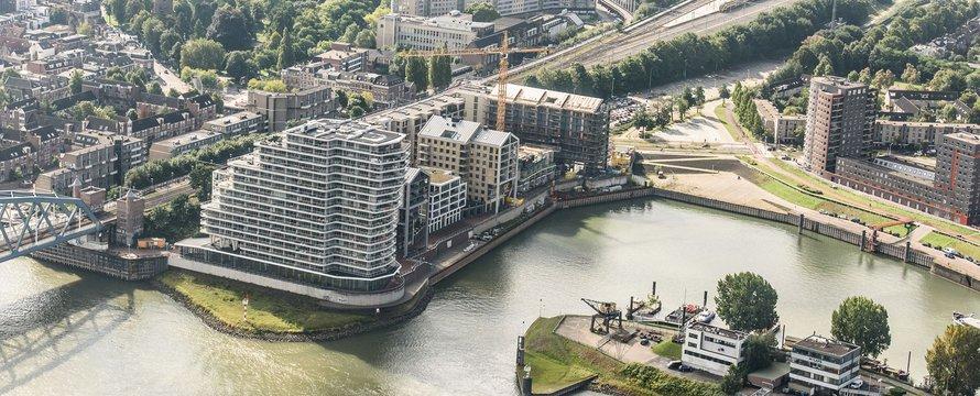 Luchtfoto Nijmegen Waalfront, door Corné Bastiaans