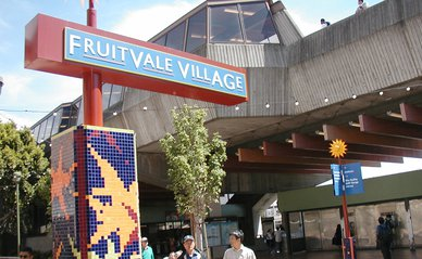 """Fruitvale BART Station"" (CC BY-SA 2.0) by neighborhoods.org"