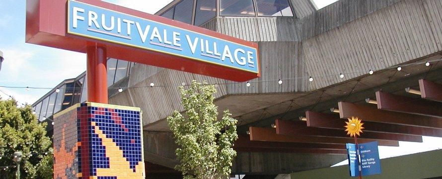 """Fruitvale BART Station"" (CC BY-SA 2.0) by neighborhoods.org"