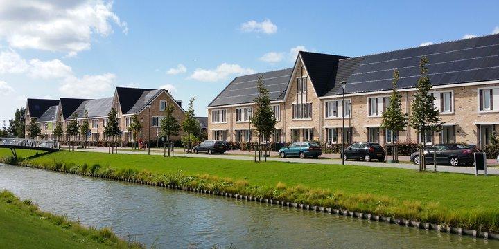 """RijswijkBuiten Zonnepanelen """"RijswijkBuiten"""" (Public Domain) by nandasluijsmans"""