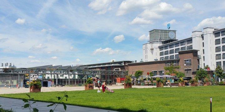 """""""Strijp-S, Eindhoven"""" (CC BY-SA 2.0) by nandasluijsmans"""