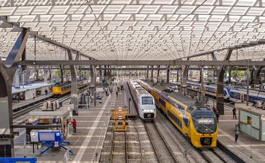 """Rotterdam Centraal, 27-9-2012"""" (CC BY 2.0) by Rob Dammers -> treinen"""