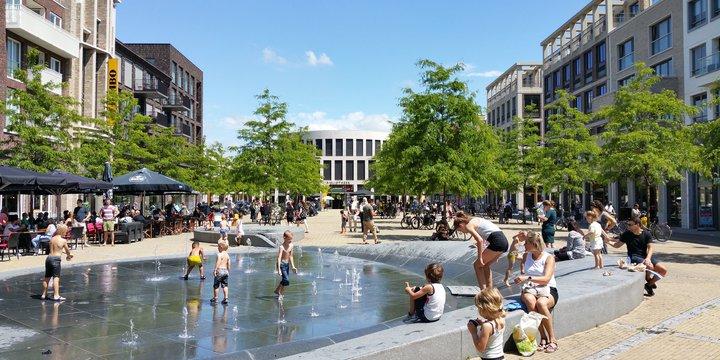 """""""Centrum Leidsche Rijn, Utrecht"""" (CC BY-SA 2.0) by nandasluijsmans - Flickr"""