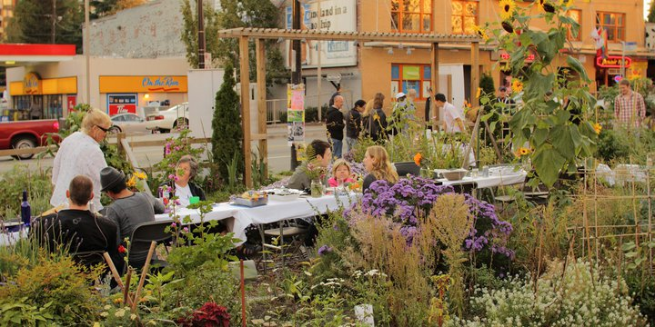 """Dining in the Davie Community Garden"" (CC BY 2.0) by Geoff Peters 604"