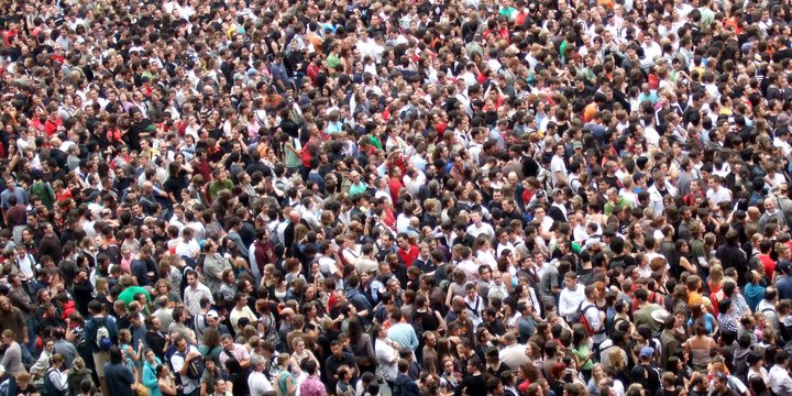 """Crowd -> Crowd"""" (CC BY 2.0) by James Cridland"""