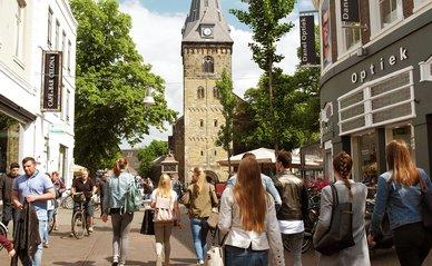 Levendig winkelgebied (Enschede) - Flickr