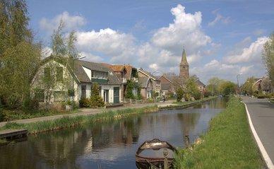 Het dorp Kanis aan de Mijzijde. Woerden.