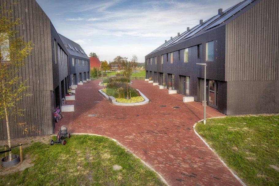 Hofje in Meerstad, Groningen.