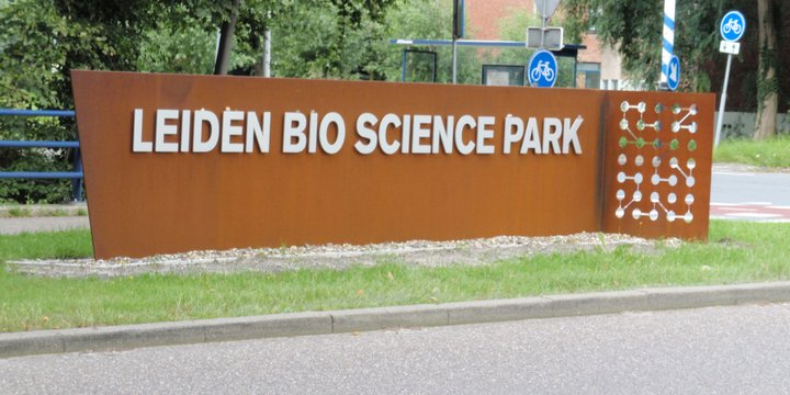 leiden bio science park bron wikimedia commons