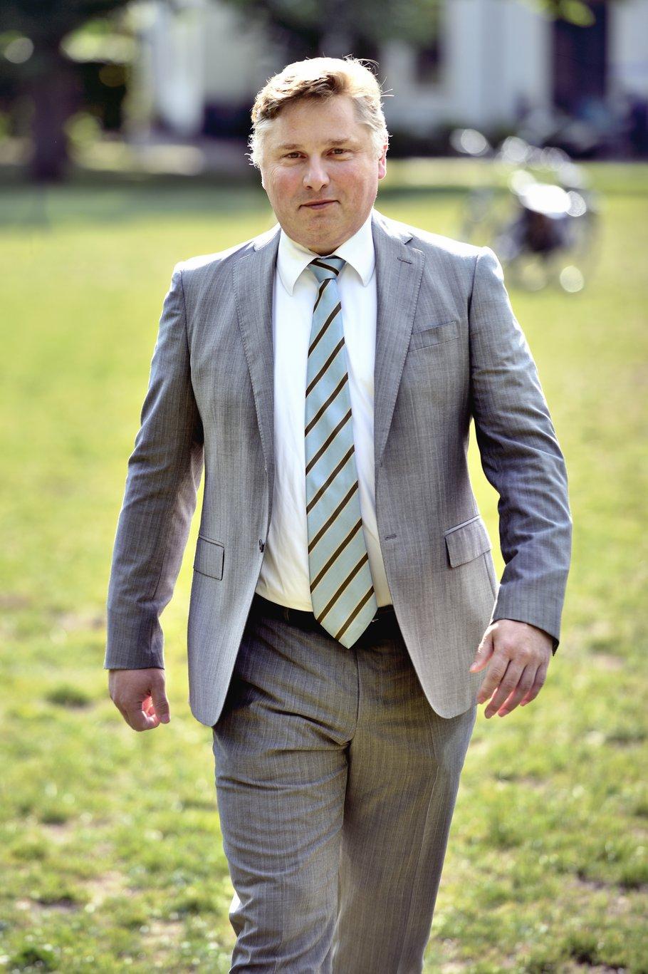 Portret Cees Loggen