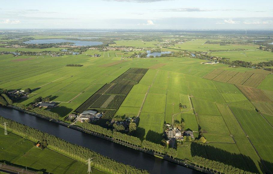 Luchtfoto platteland in Nederland