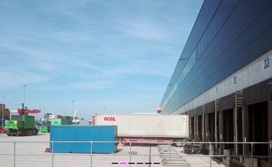 Barge terminal en XPO Tilburg. Foto: Merten Nefs.  Distributiecentra in Nederland. Beeld: Stec groep.  Venlo Tradeport. Foto: Merten Nefs.  Venlo Tradeport. Uit rapport Rademacher de Vries.  Distributiecentrum. Beeld: Stec groep.  Beeld: Rademacher de Vri