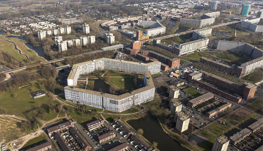 Honingraatflats de Bijlmer - Amsterdam