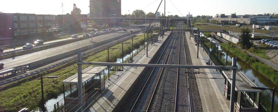 Station Spaarnwoude