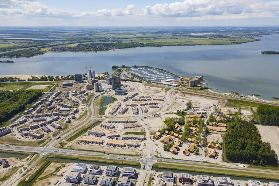 Almere luchtfoto -> Top-Shot / gemeente Almere, mei 2020