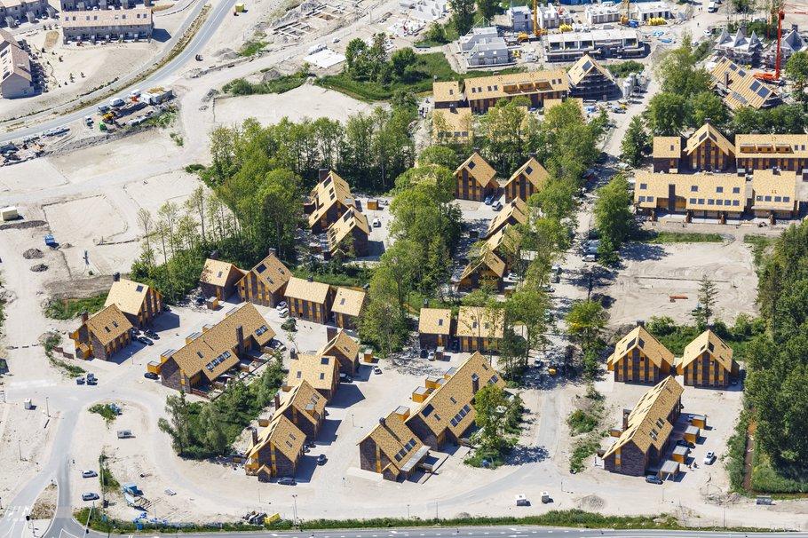 Luchtfoto wijk Almere - Top-Shot / gemeente Almere, mei 2020