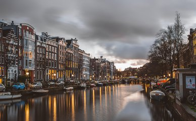 Amsterdam -> Photo by Azhar J on Unsplash