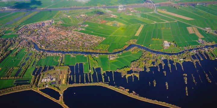 Luchtfoto Nederlands landschap_Photo by Daria from TaskArmy.nl on Unsplash