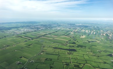 Nederland van boven -> Photo by Daria Nepriakhina on Unsplash