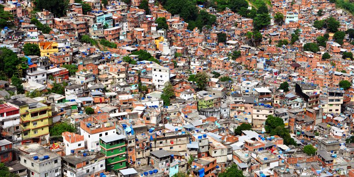 favela | wikimedia commons