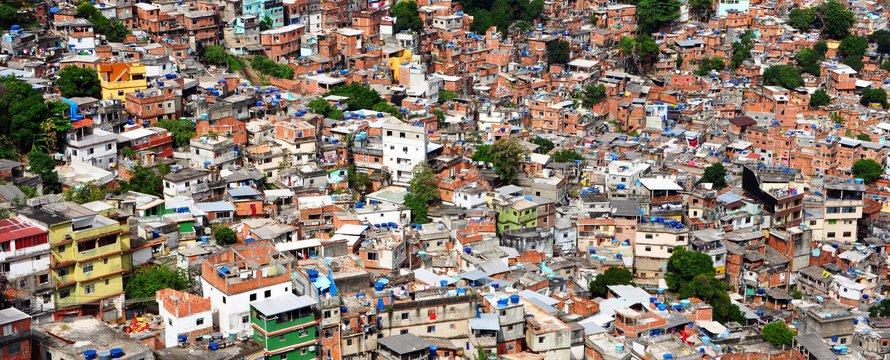 favela | wikimedia commons