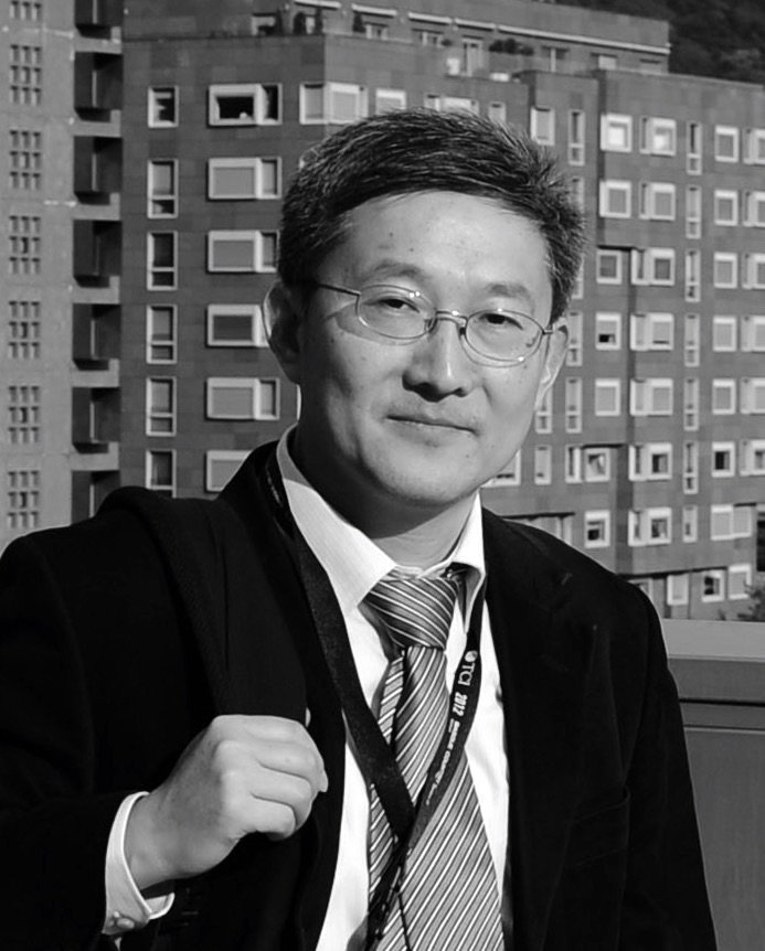 Visiting professor Fulong Wu