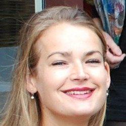 Portret - Hanneke van Rooijen