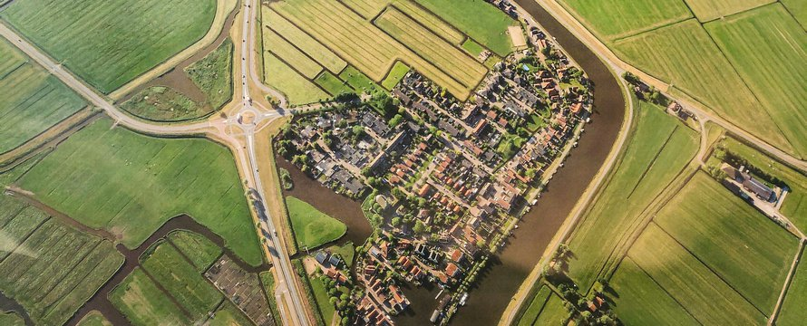 Birdview Nederland landschap -> Photo by Mika Korhonen on Unsplash