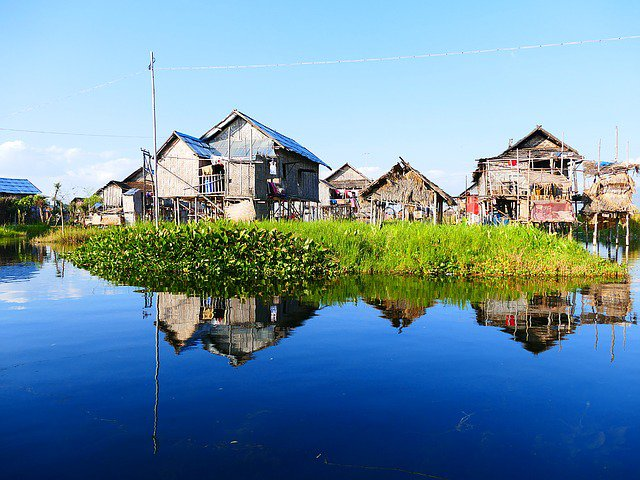 myanmar water houses