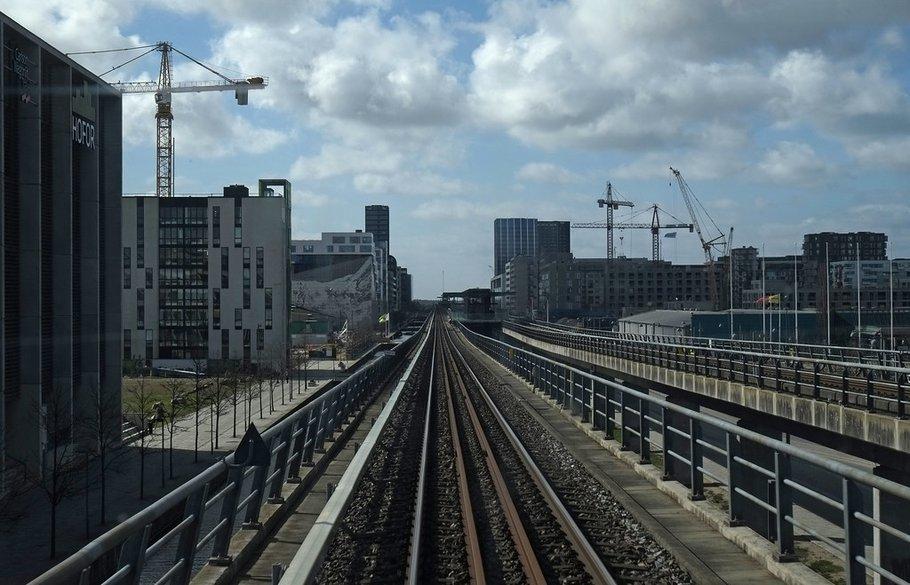 "Orestad ~ ""Metro_Orestad_20170411_DSF4934"" (CC BY 2.0) by News Oresund"