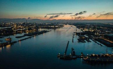 Amsterdam haven -> Photo by razvanux on Unsplash
