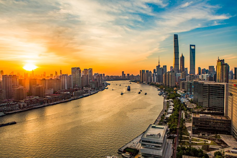 Huangpu River side of the city scenery