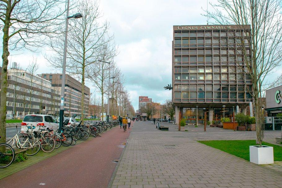 Appartementencomplex in Wibautstraat in Amsterdam