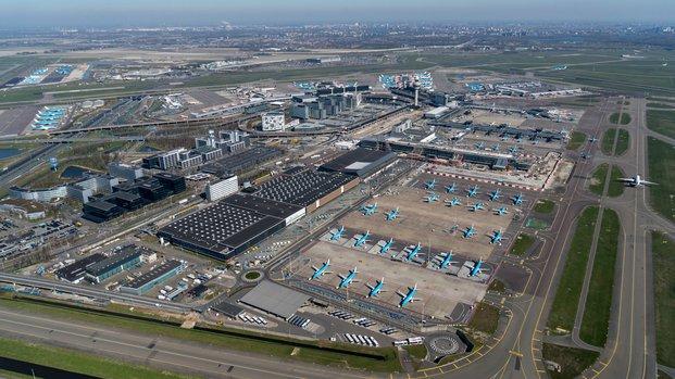 Schiphol Airport vanuit de lucht