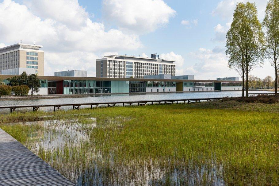High Tech Campus en Philips hoofdkantoor, Eindhoven