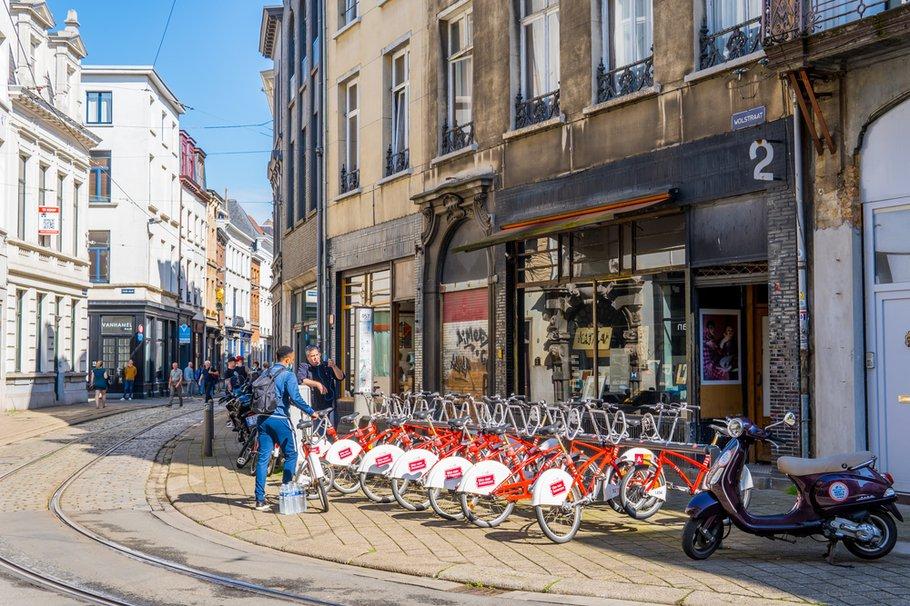 Verschillende soorten vervoer in Antwerpen