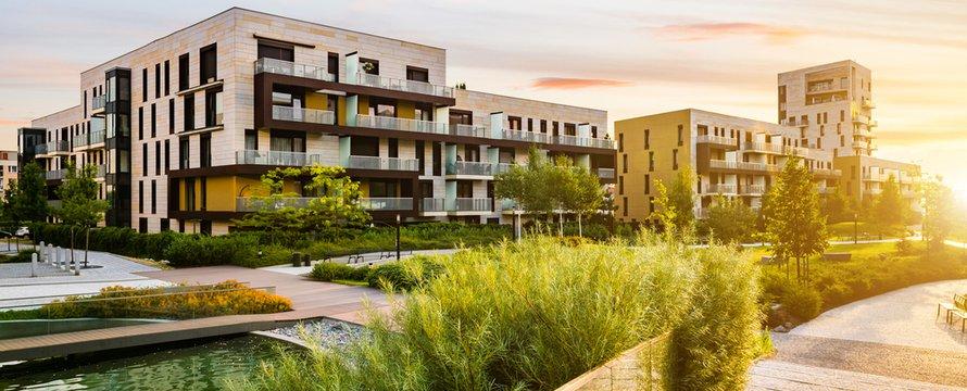 Woningbouw in openbaar groen park
