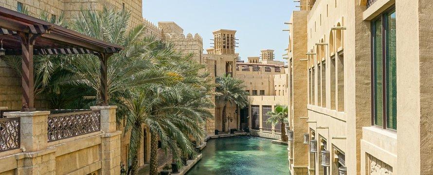Dubai Souq_Photo by Zosia Korcz on Unsplash